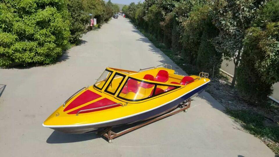 TZN498豪华快艇